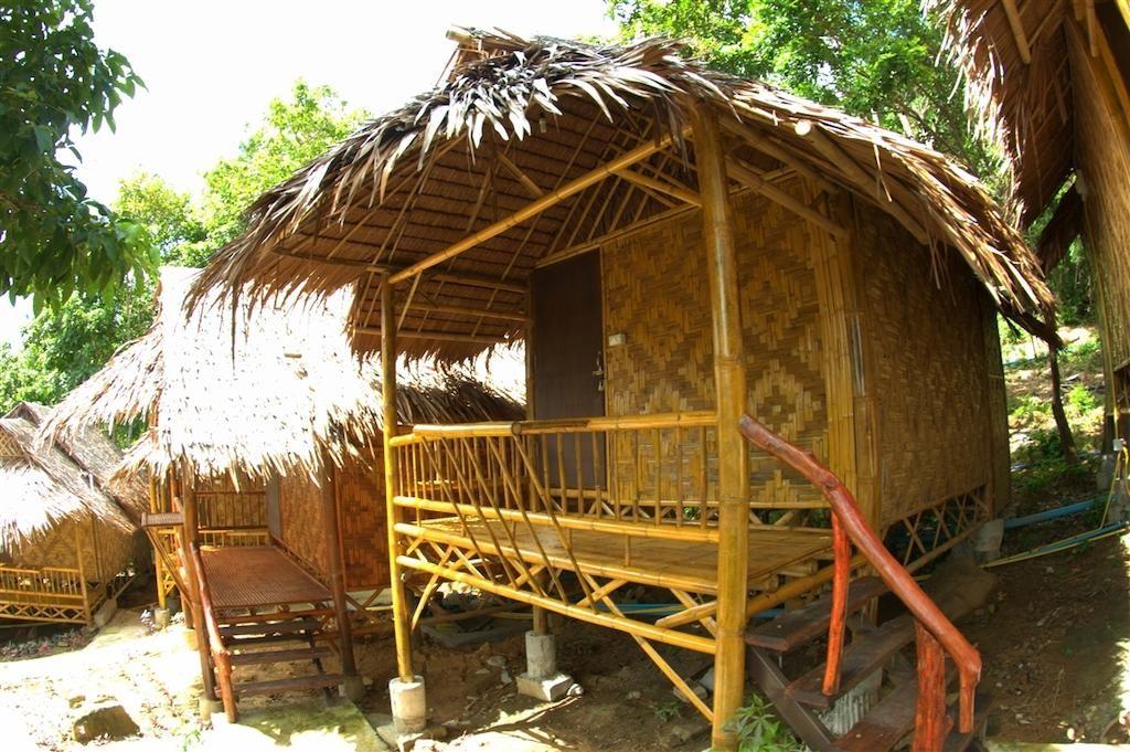 Phi Phi Hill Bamboo Bungalow (7).jpg