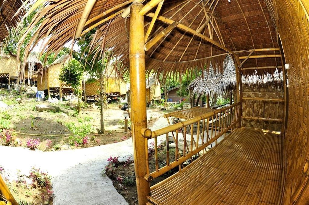 Phi Phi Hill Bamboo Bungalow (10).jpg