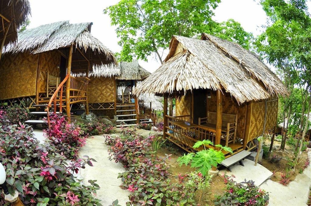 Phi Phi Hill Bamboo Bungalow (16).jpg