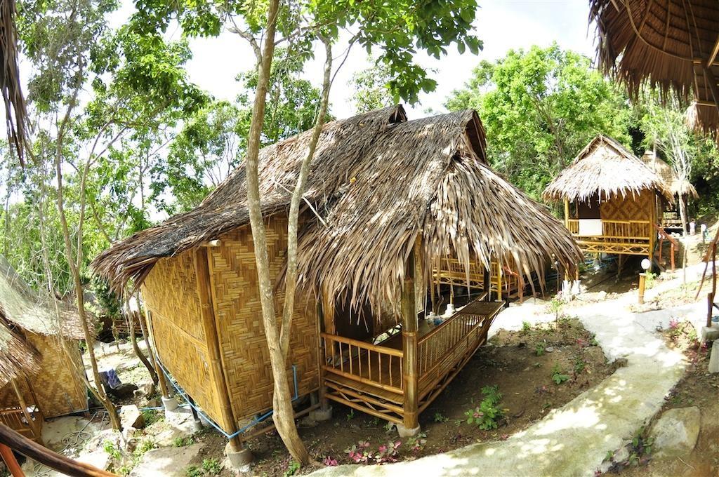 Phi Phi Hill Bamboo Bungalow (13).jpg