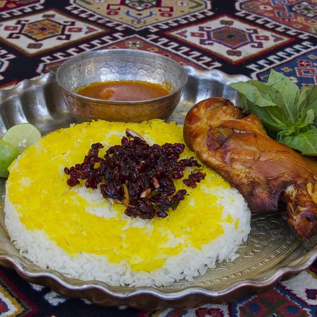 Emarat Kolah Farangi Restaurant Andisheh (4).jpg