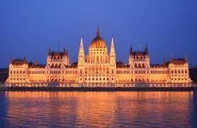 Hungarian Parliament Building (1).jpg