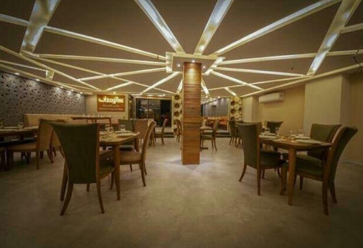 soumia-hotel-ahvaz (9).JPG