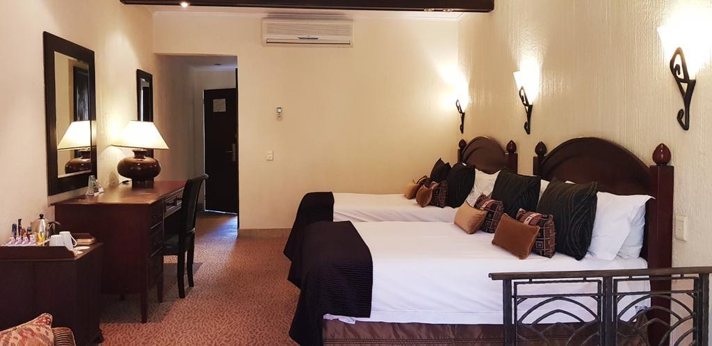 Kwa Maritane Bush Lodge (2).jpg