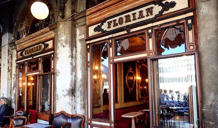 کافه فلورین؛ قدیمی ترین کافه جهان با 300 سال سابقه در ونیز!