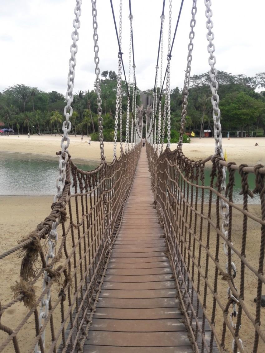 پل شناور در ساحل سیلوسو