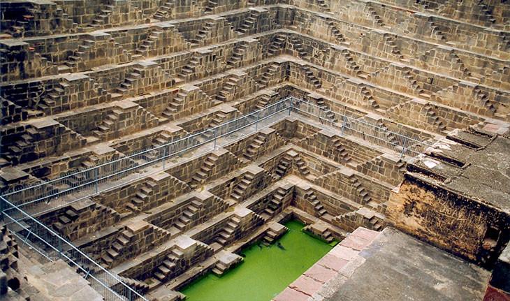 چاه پله های باستانی هند، یادگاری از تلفیق هنر با نیازهای بشر!