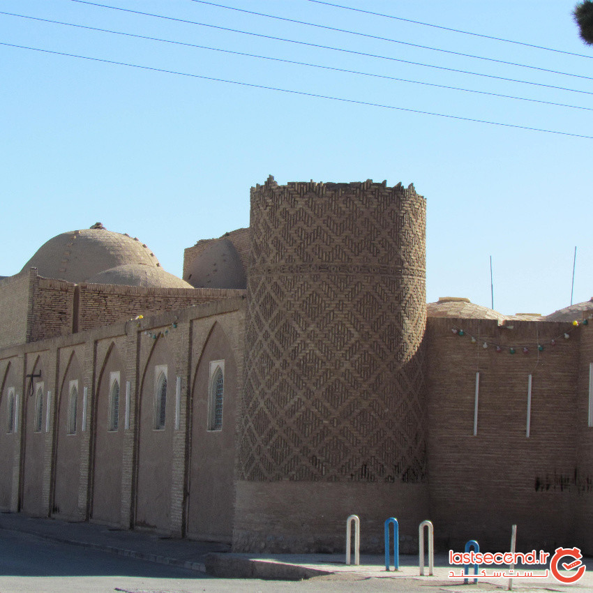 Emam Khomeini Mosque kerman (3).jpeg