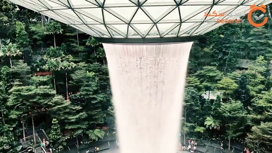 به زيباترين فرودگاه جهان خوش آمديد (فرودگاه چانگی سنگاپور)