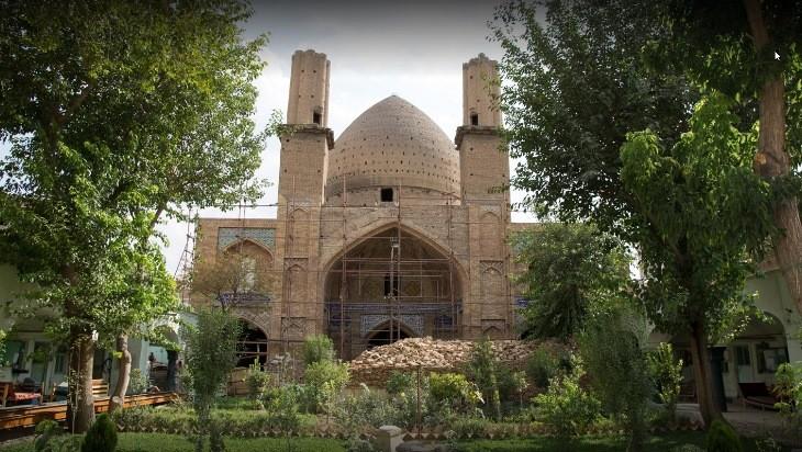 مسجد مدرسه معیرالممالک، داستان تاریخی سنگلج تهران