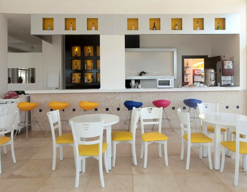 Arora Hotel - 16.jpg