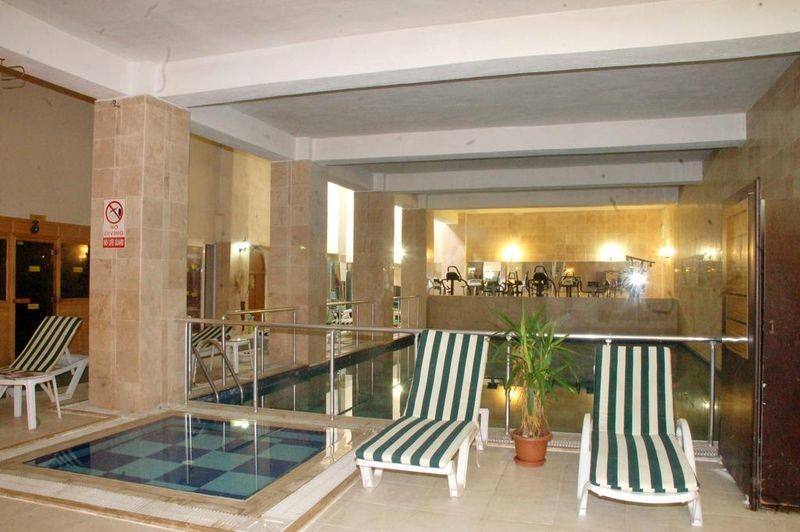 Arora Hotel - 03.jpg