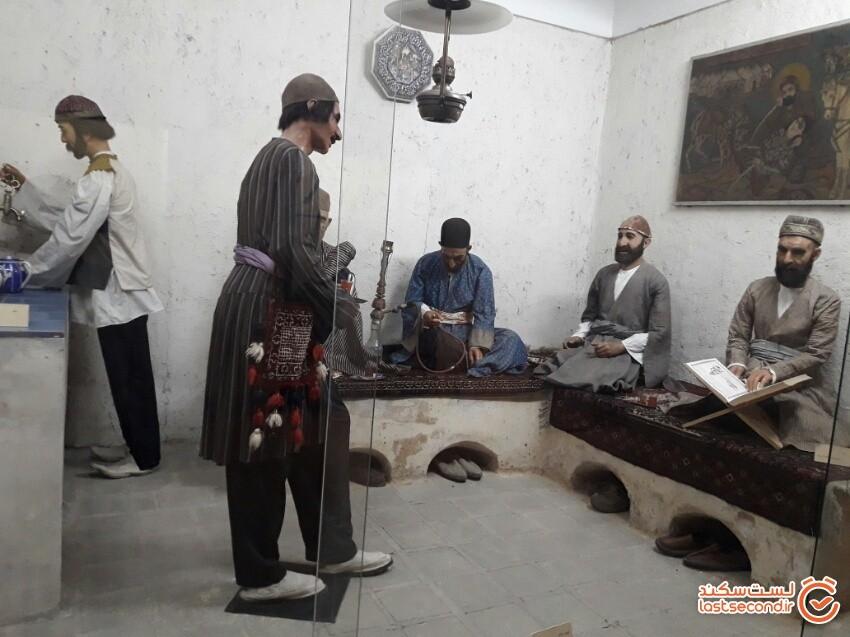کاخ ابیض، قدیمیترین موزه مردمشناسی ایران