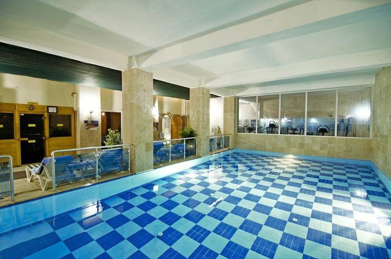 Arora Hotel - 08.jpg