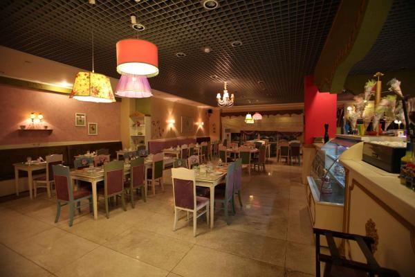 رستوران رویال استار (1).jpg