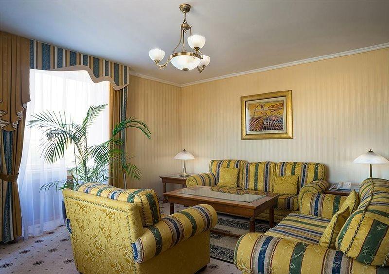 Radisson Slavyanskaya Hotel & Business Centre - 29.jpg