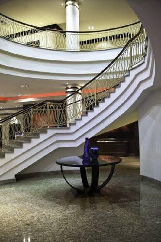 Renaissance Moscow Monarch Centre Hotel - 14.jpg