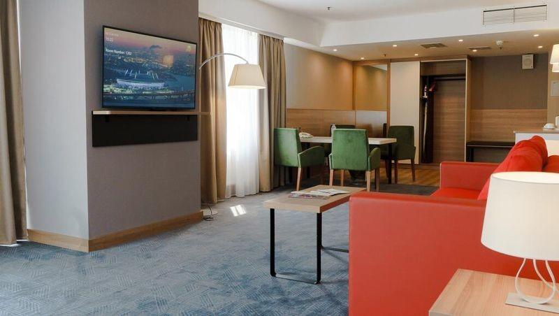 Holiday Inn St. Petersburg Moskovskie Vorota - 18.jpg