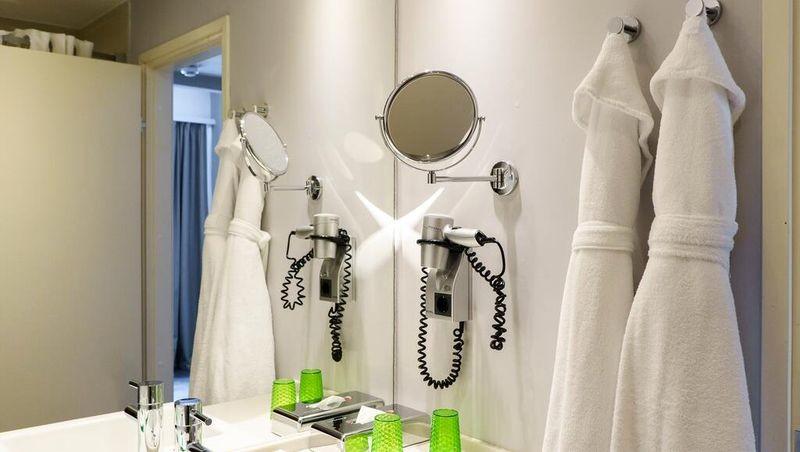Holiday Inn St. Petersburg Moskovskie Vorota - 27.jpg