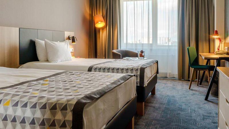 Holiday Inn St. Petersburg Moskovskie Vorota - 23.jpg