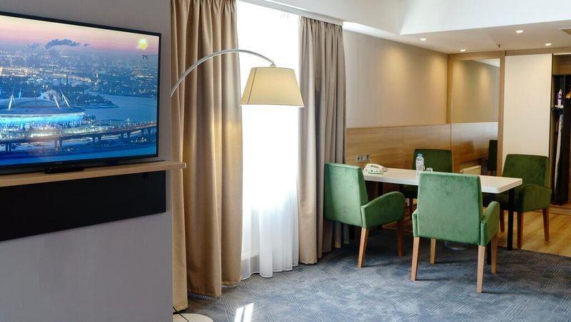 Holiday Inn St. Petersburg Moskovskie Vorota - 17.jpg