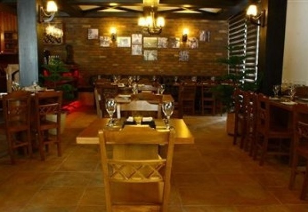 رستوران ایتالیایی پای (2).jpg