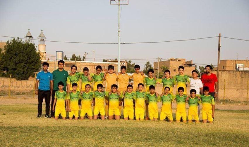 Barg-e Sabz Football School
