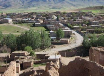 Eskandan Village