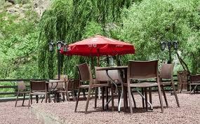 رستوران چتر سبز