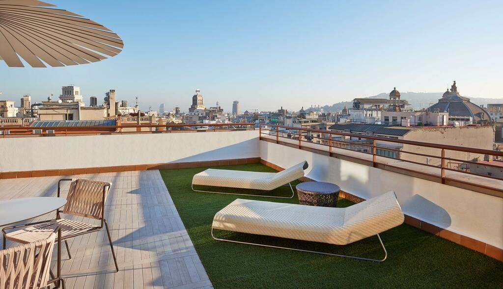 NH Collection Barcelona Gran Hotel Calderon (9).jpg