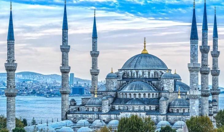 چرا از میان تورهای ترکیه، تور استانبول را انتخاب می کنیم؟