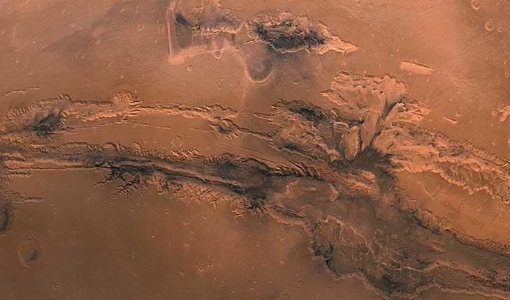عکس ناسا از گراندکانیون مریخ که جزئیات جالبی را نشان میدهد!