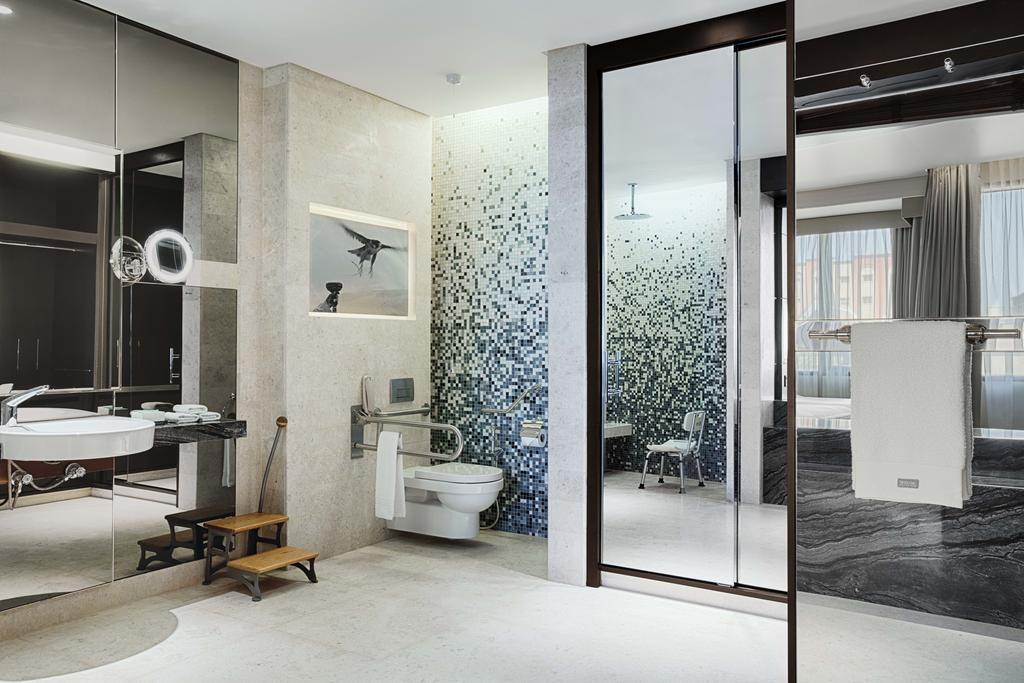 The Westin Doha Hotel & Spa (4).jpg