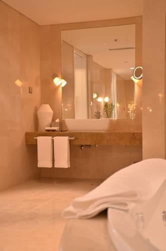 Hilton Doha  (18).jpg