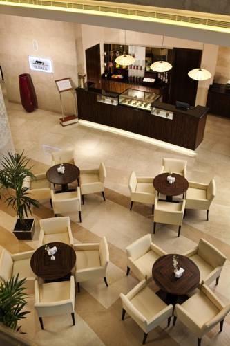 Hilton Doha  (4).jpg