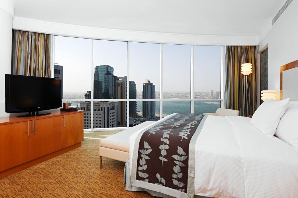 Hilton Doha  (12).jpg