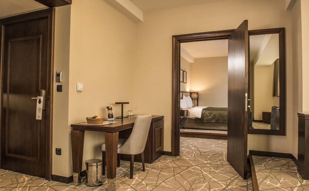 Hotel Constantine the Great (11).jpg