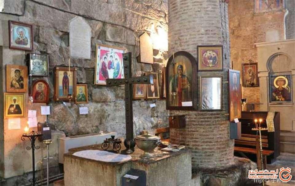 قوانین-بازدید-از-کلیسای-آنچیسخاتی-باسیلیکای-تفلیس.jpg