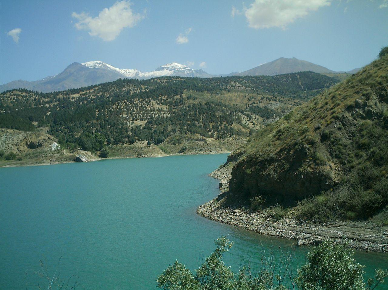 Lake of Latyan Dam lavasan (2).jpg