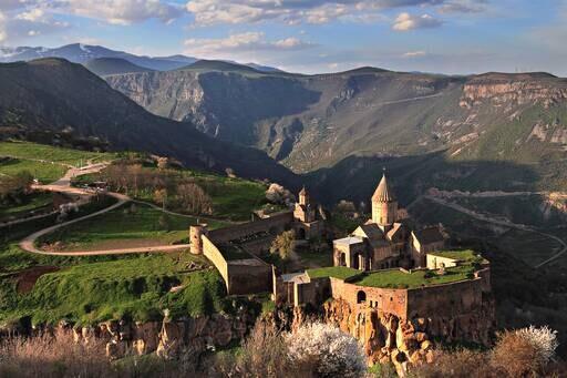 ارمنستان از پایان تعلیق سفر به این کشور از طرف ایران خبر داد