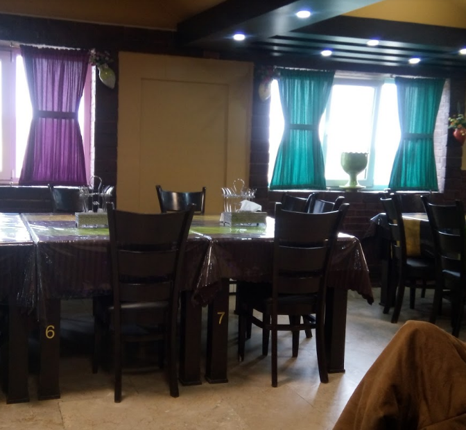 Reyhoon restaurant (4).png