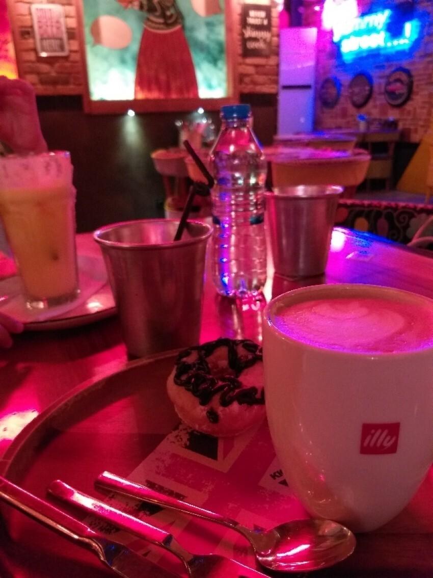 6 Club Cafe (4).jpeg