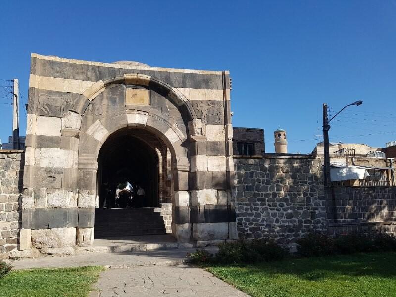 بازار خوی، سومین بازار تاریخی ایران با معماری خاص!