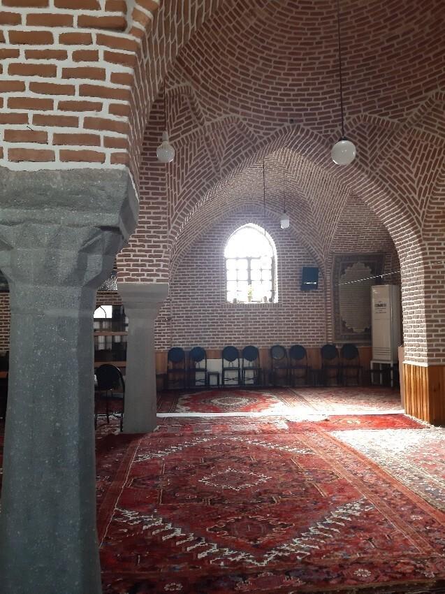 Milan mosque3.jpeg