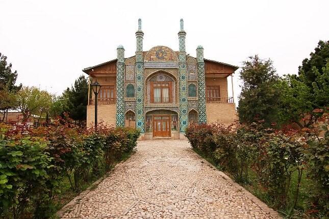 عمارت مفخم، بزرگترین و شاخص ترین اثر تاریخی دوران قاجار