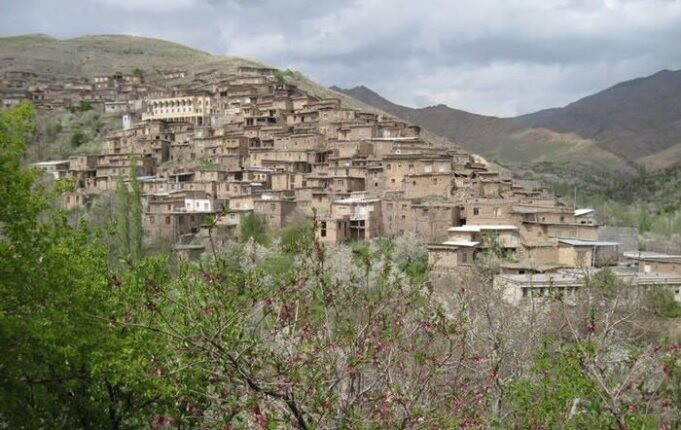 روستای عجیب دیزباد بالا، متمدن ترین روستای ایران!