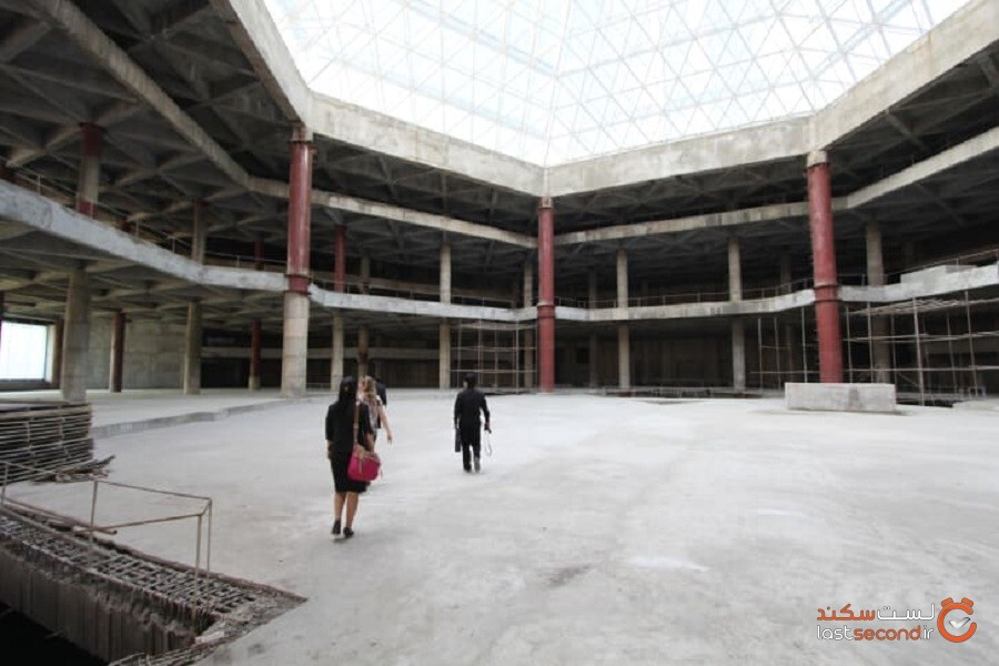 cvIl7PS4brcrj7O92MgAaWiE2O3pyi5hIS6L08mu - هتل رویانگ: داستان هتل شوم کره شمالی!