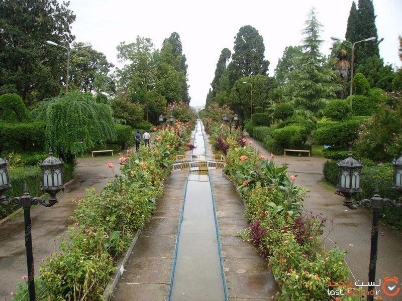 پارک ملت، باغشهاه منحصربفرد بهشهر