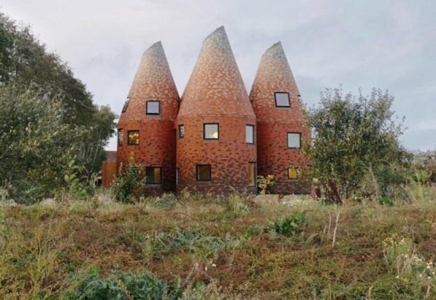 خانههای اوست؛ شگفت انگیزترین ساختمان ها در تمام انگلیس!