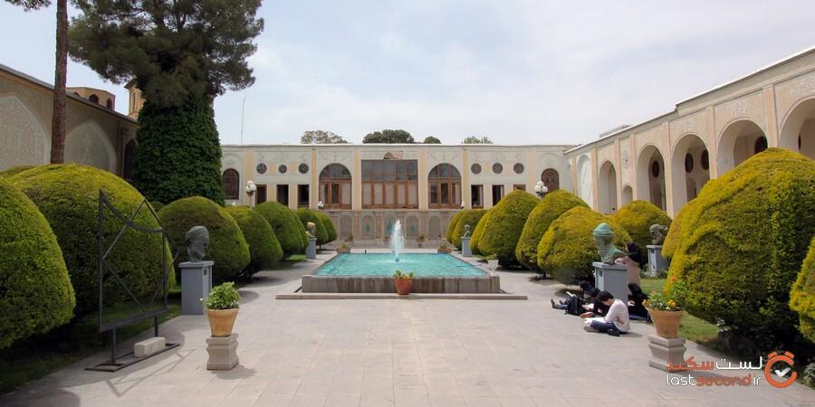Contemporary_Arts_Museum_Isfahan_موزه_هنرهای_معاصر_اصفهان_01.jpg
